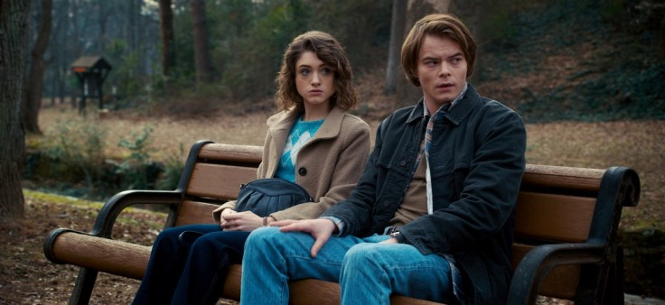 Nancy y Jonathan de Stranger Things